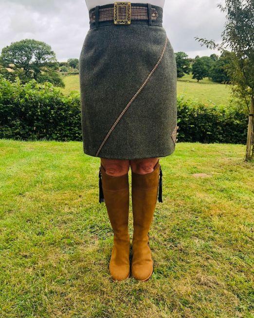 adderbury skirt front