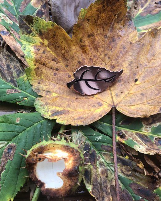 English Nettle Pin